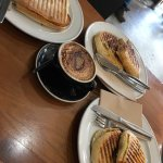 صورة فوتوغرافية لـ Replete Cafe & Store