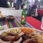 A decent meal at Pollo de Oro, with decent live music