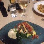 Foto de Bluebiyou Restaurant