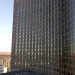 Vista de parte de la fachada del hotel