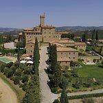 Castello Banfi - Il Borgo ภาพถ่าย