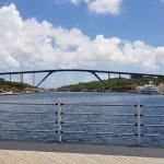 Foto de Queen Juliana Bridge