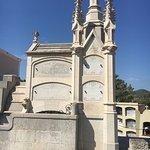 Photo de Modernist Cemetery