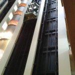 Vista interna do elevador