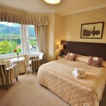 Tigh Na Cloich Hotel