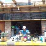 """The place in La Carolina Park... Must try the delicious and nutritious organic juices"