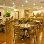 Holiday Inn Express Hialeah/Miami Lakes - Breakfast