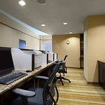 Photo of Embassy Suites by Hilton Atlanta - Kennesaw Town Center