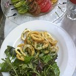 carpaccio de tomates et calamar frits