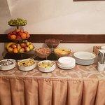 Photo de Hotel U Tri Pstrosu (At the Three Ostriches)