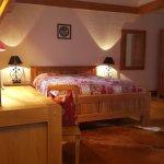 Romantik Hotel l'Etoile Foto