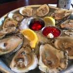 Happy Hour Oysters @ Pearlz Oyster Bar