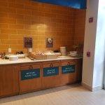 Free breakfast area