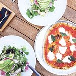 Sierra Salad and a Marg pizza is always the way to go!
