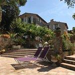 Photo of Hotel Escapade