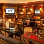Leopard Lounge