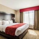 Photo of Comfort Suites Bentonville
