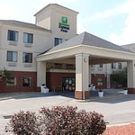 Photo of Holiday Inn Express Liberty