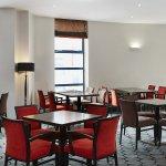 Breakfast area in Holiday Inn Express Belfast