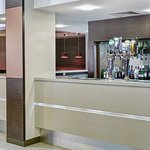 Bar at Holiday Inn Express Belfast