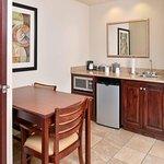 Photo of Hampton Inn & Suites Muncie