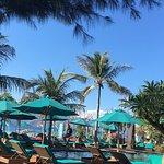 Hotel Vila Ombak Photo