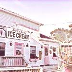 Scoop Deck Ice Cream Shop- Wells, Maine