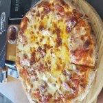 Φωτογραφία: Simon's Pizzeria & Restaurant