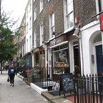 London, 49 Café