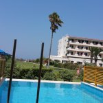 Photo de Mitsis Ramira Beach Hotel