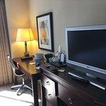 Nice TV, desk Internet - could use saafeand fridge