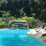 Hab, area de piscina y presentación de algunos platillos