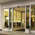 Eden Hotel resmi