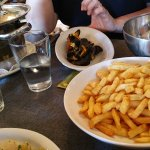 Moules frites_large.jpg