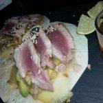 Tacos de atún rojo