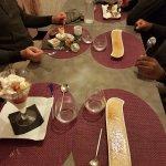 desserts, café gourmand, crème brûlée, profiteroles, glace