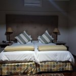 ...nice clean bed
