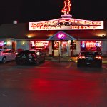 Night photo of Cakes & Creme Diner in Branson MO