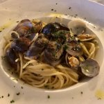 Spaghetti alla vongole i calamari fritti