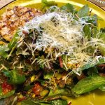 Tuscan salad with grilled chicken