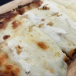Garlic and white sauce flatbread never goes wrong - would order again.