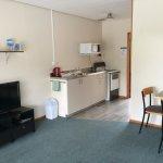 1 Bedroom Park Motel Living Room
