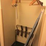 Photo de GuestHouse Inn & Suites Kelso/Longview