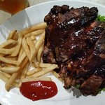 Foto de Charlie's Steak, Ribs & Ale