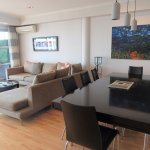 Superior Harbourside Three Bedroom - dining area