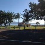 Foto van Rowes Bay Beachfront Holiday Park