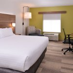 Foto de Holiday Inn Express & Suites Parkersburg - Mineral Wells