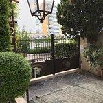 Photo de Hotel Royal Bon Repos
