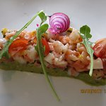 Tartare de saumon et de crevettes façon céviche et son guacamole