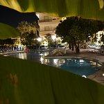 Foto de Alpha Hotel